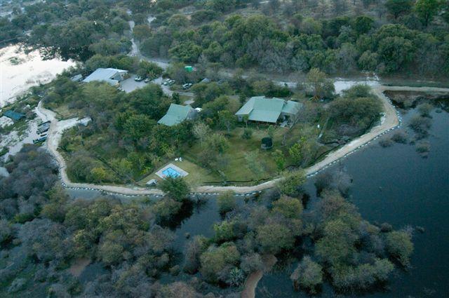 Flood defences at Letaka Safaris